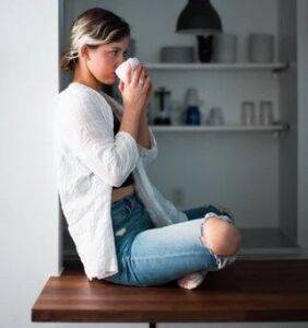 Stop drinking too much green or black tea
